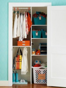Organizing The Entry Way with AHRN.com
