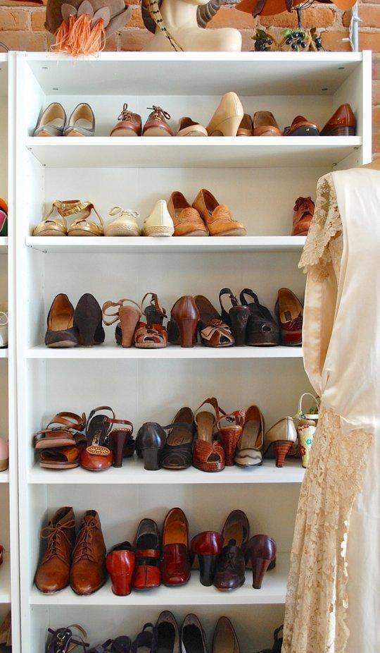 Organize Your Closet With AHRN.com