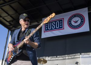ASYMCA honors Sinise for service to veterans, active duty