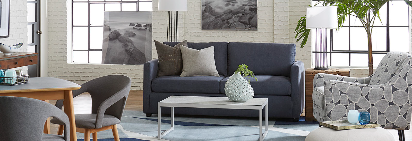 7 Expert Tips for Incorporating Furniture Rental For Staging